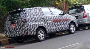 2015 Toyota Innova spied testing