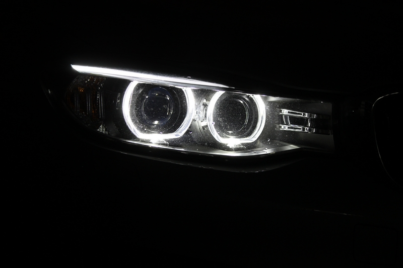 Headlamps, night view