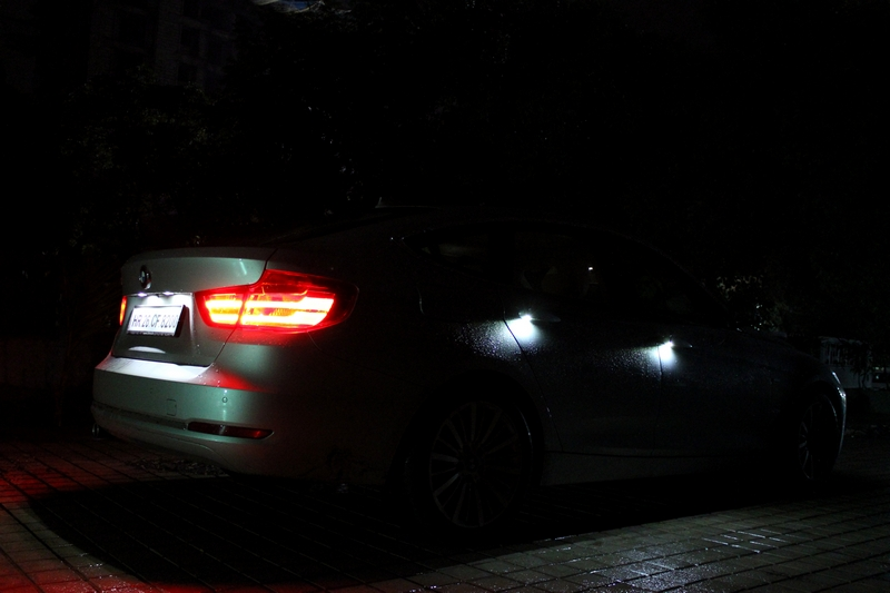 Each door handle illuminates once you unlock the car. Without the door open, these units also serve as puddle lamps.
