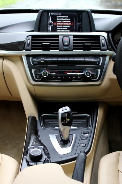 Centre console is identical to the regular 3 Series