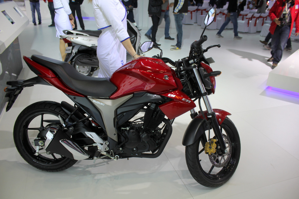The Suzuki Gixxer was revealed at the 2014 Indian Auto Expo
