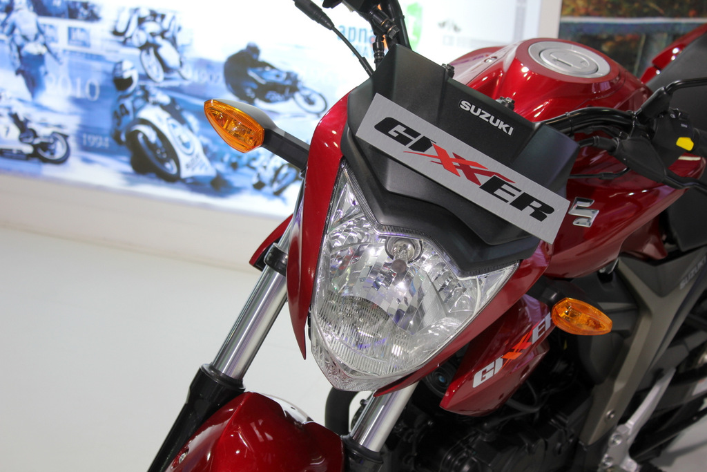Headlamp gets a small fairing and a wind deflector on top