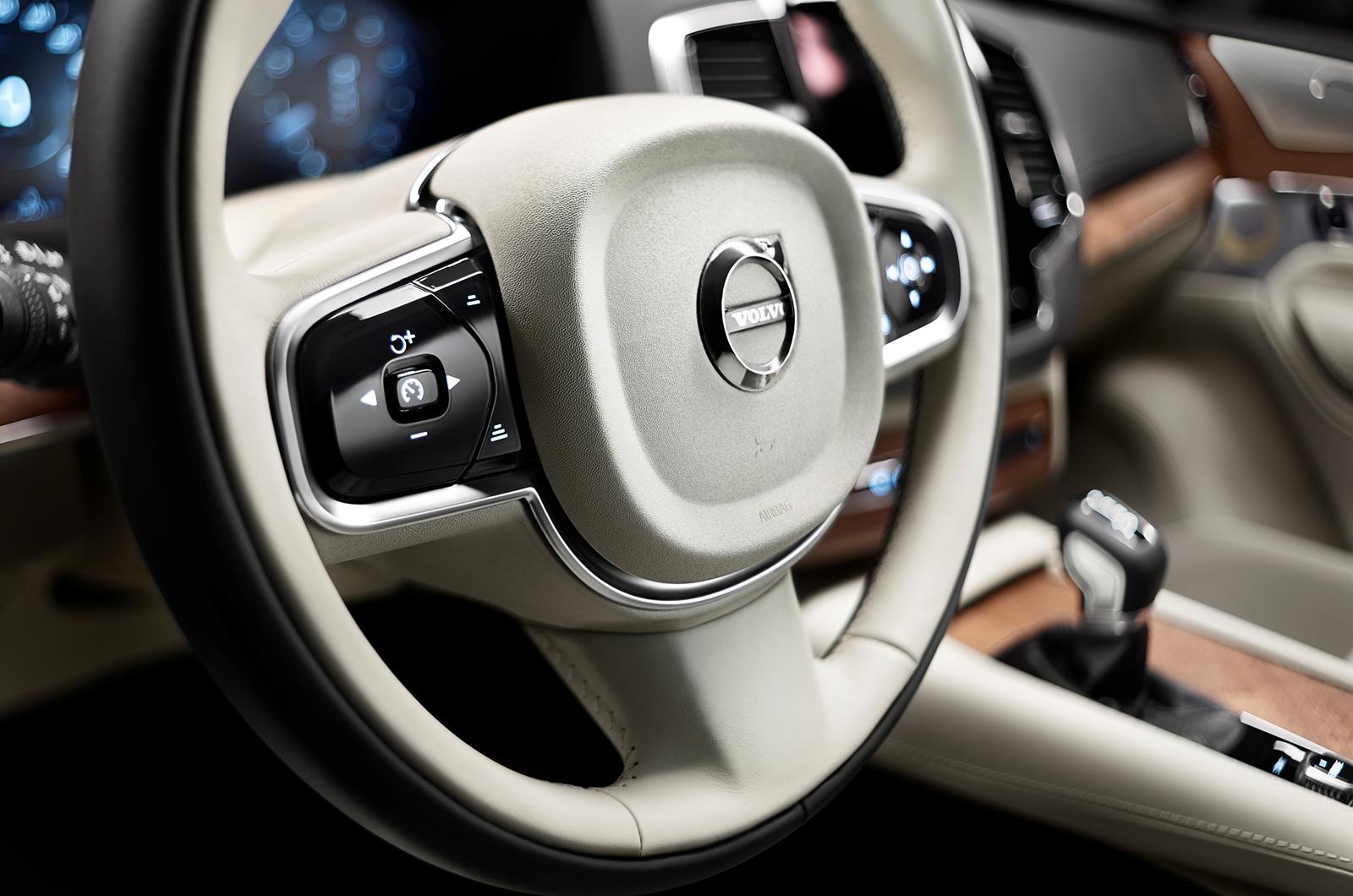 Volvo XC90 steering wheel