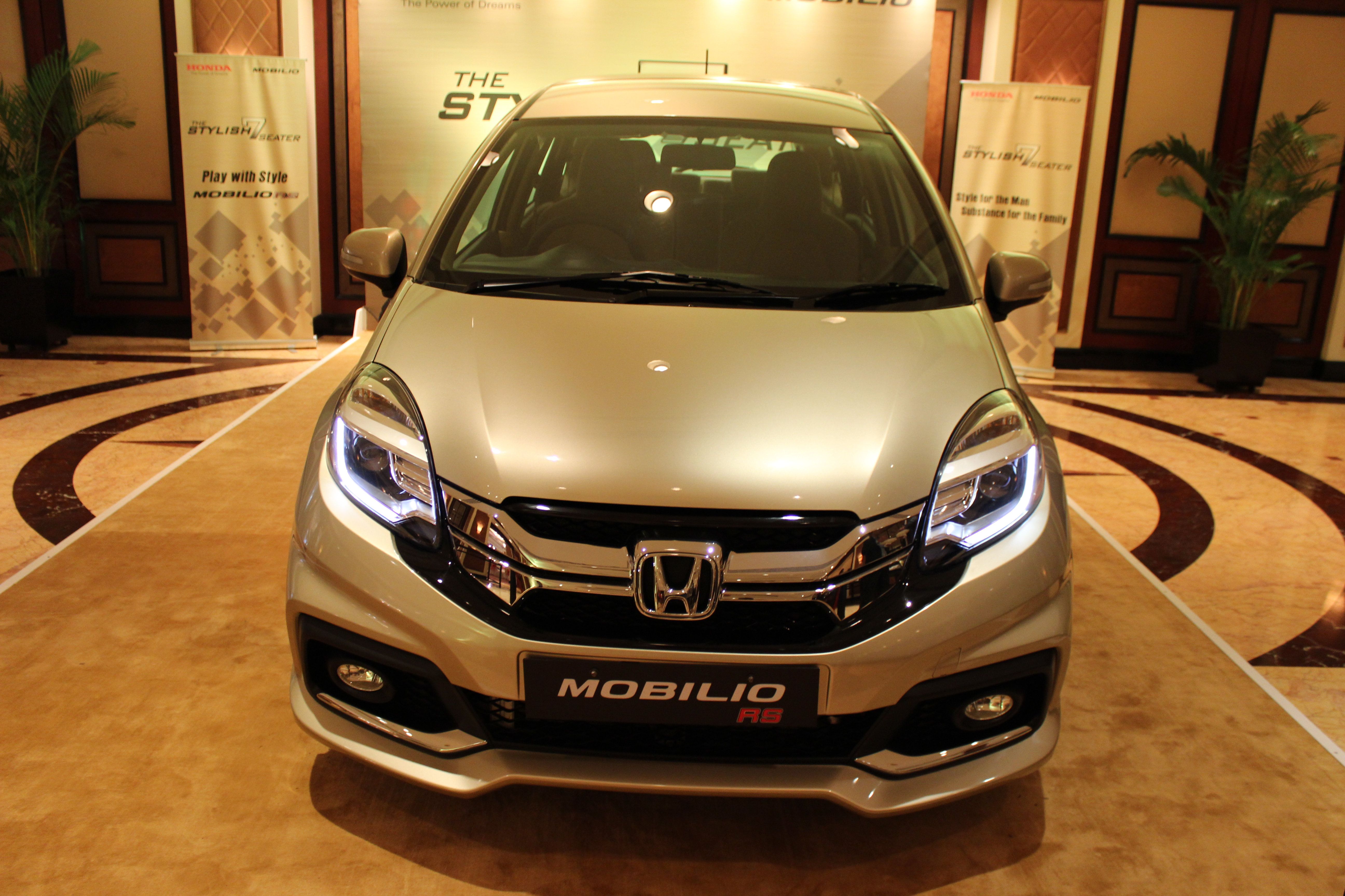 honda adds more variants to the mobilio mpv shifting gears