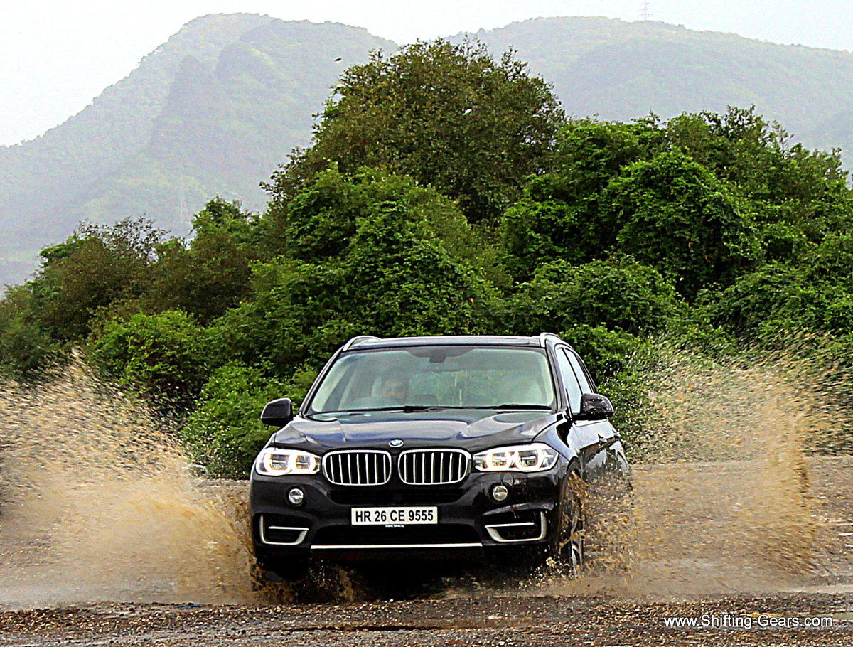 The 2014 BMW X5 xDrive30d Design Pure Experience