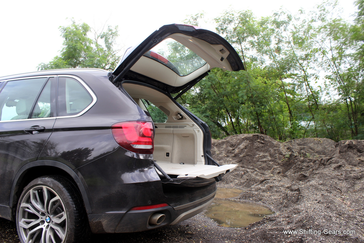 Two part tail gate is not just functional, but looks cool too