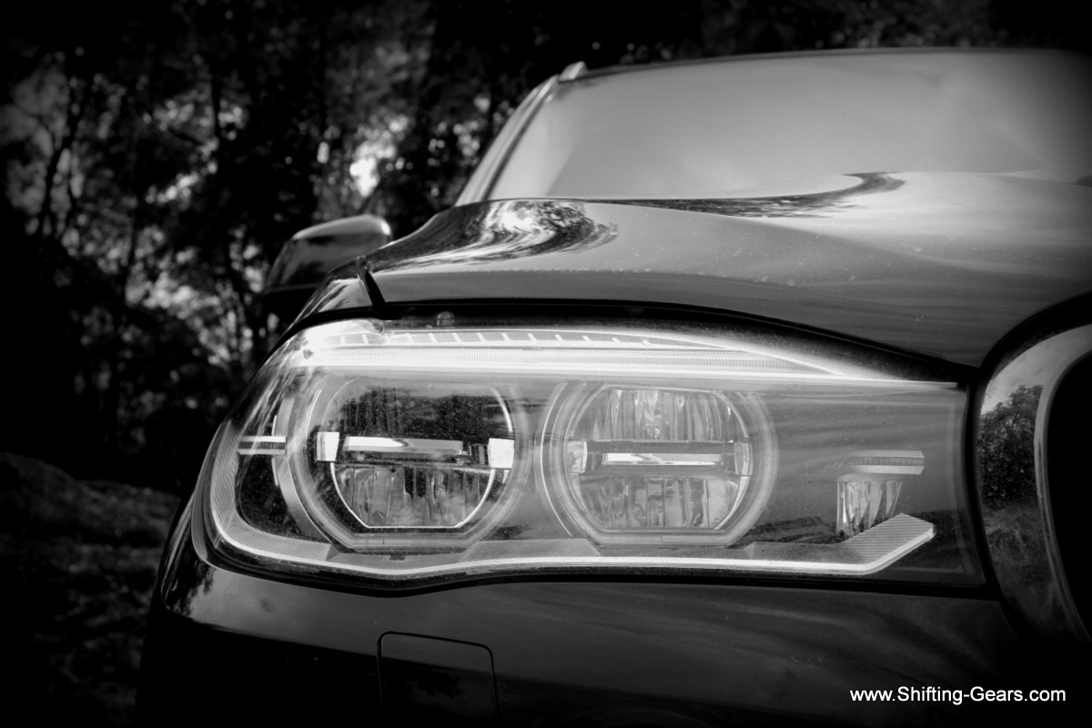 Adaptive LED headlamps with auto high beam