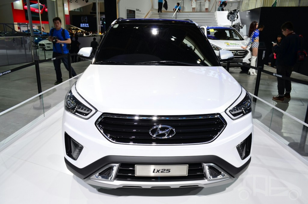 Hyundai IX25 image used for reference