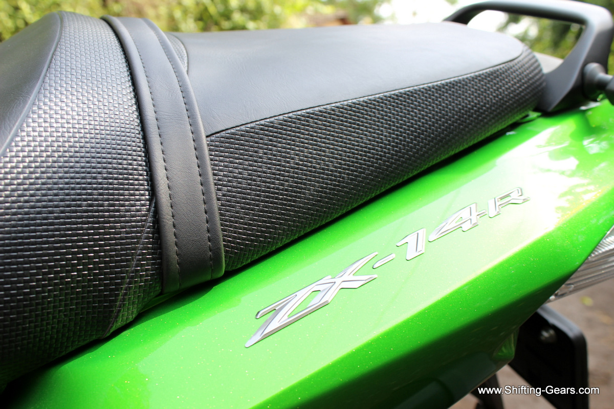 ZX-14R badge under the pillion seat. Notice the seat texture.