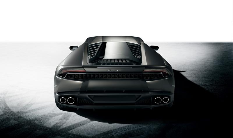 Lamborghini Huracan rear profile