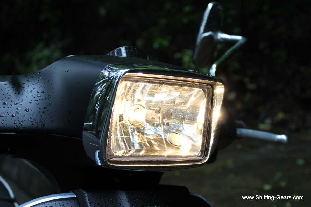 The most noticeable change on the Vespa S is the rectangular headlamp with a chrome surround. All other Vespa variants have a round unit.