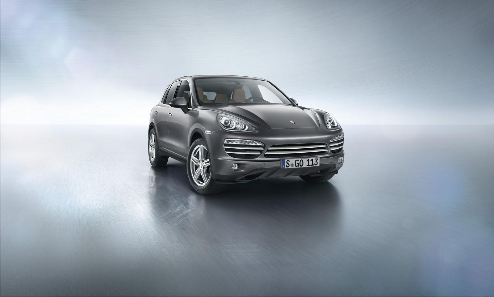 Porsche launches Cayenne Platinum Edition