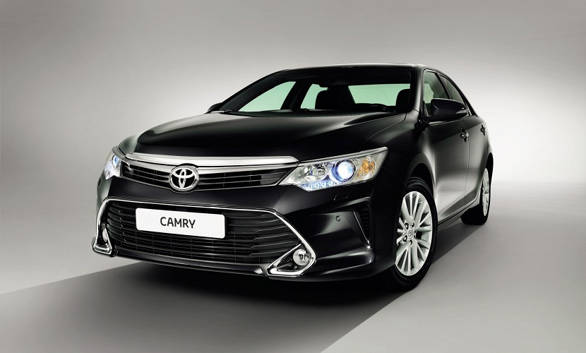 2015 Toyota Camry facelift revealed