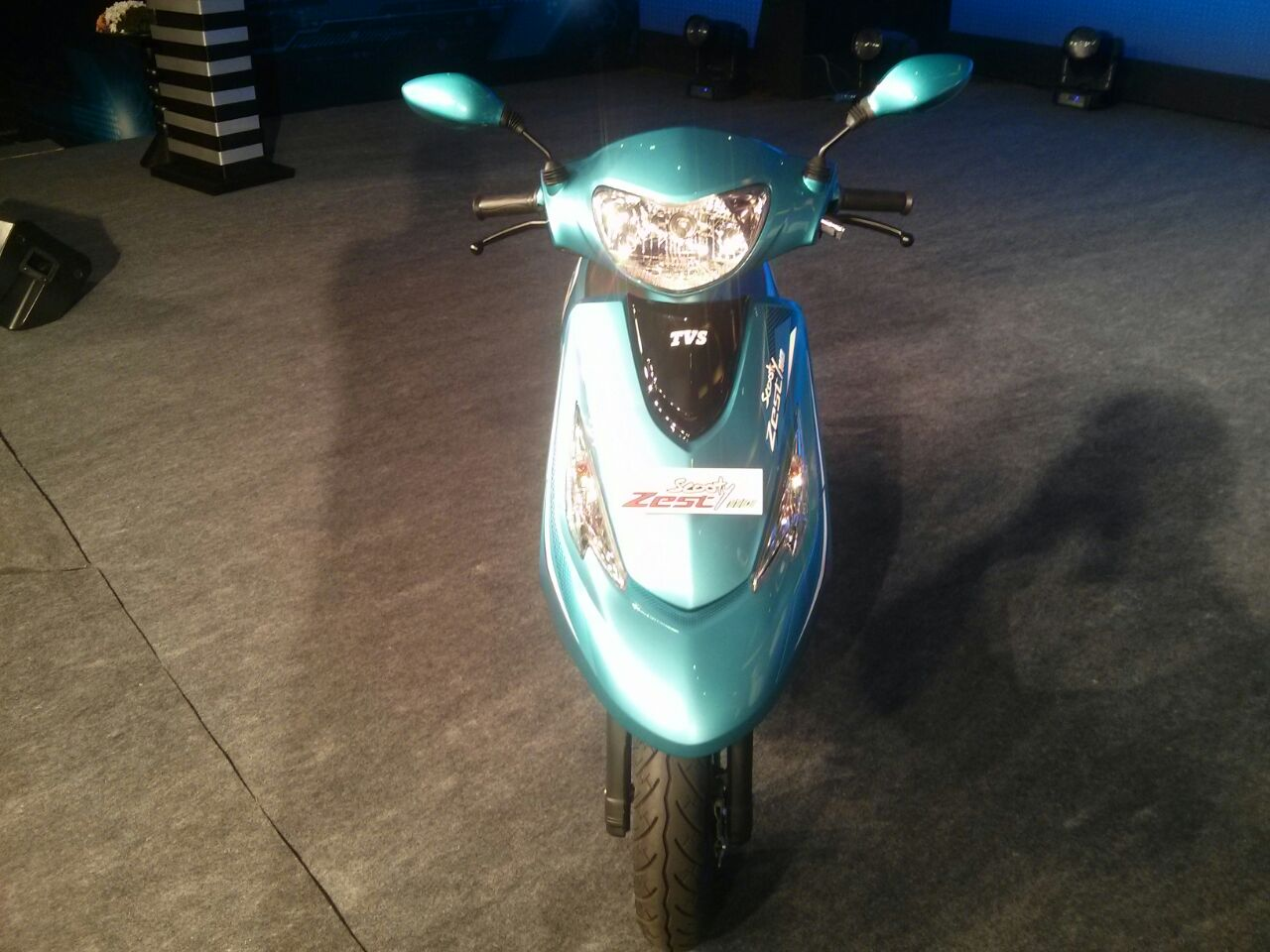 Scooty Zest front