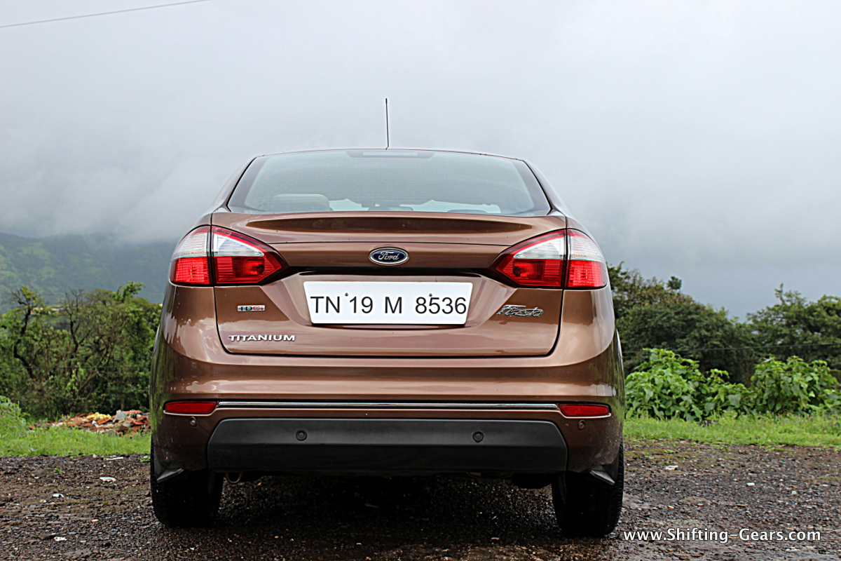 Revisions on the facelift version are not limited only at the front end, but at the back as well as some mechanical and feature additions