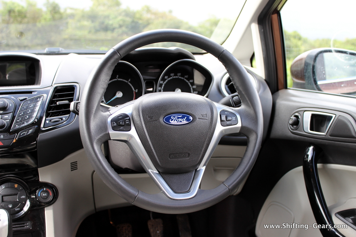 Leather wrapped steering wheel with audio and other controls is one of the segment best when it comes to feedback