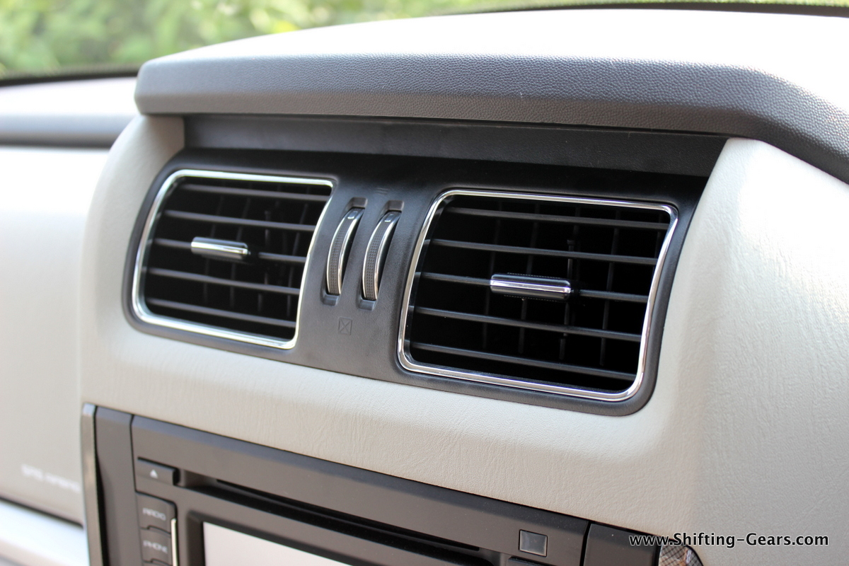 AC vents get chrome surround