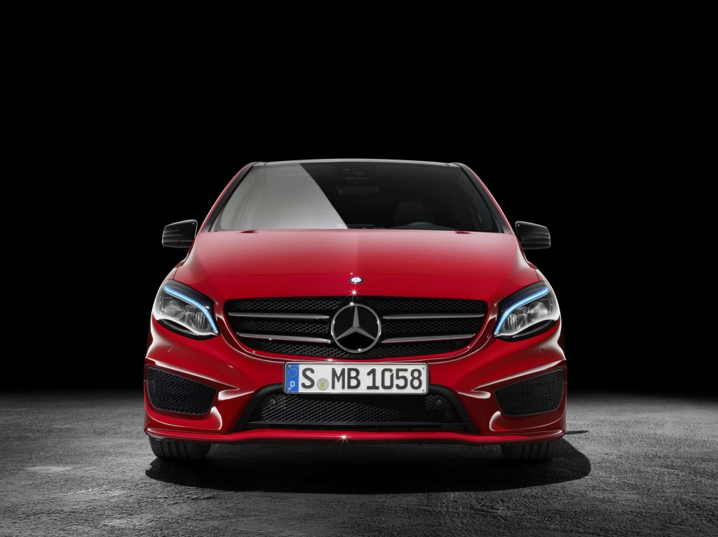 2015-Mercedes-B-Class-facelift-press-shots-front-1024x767