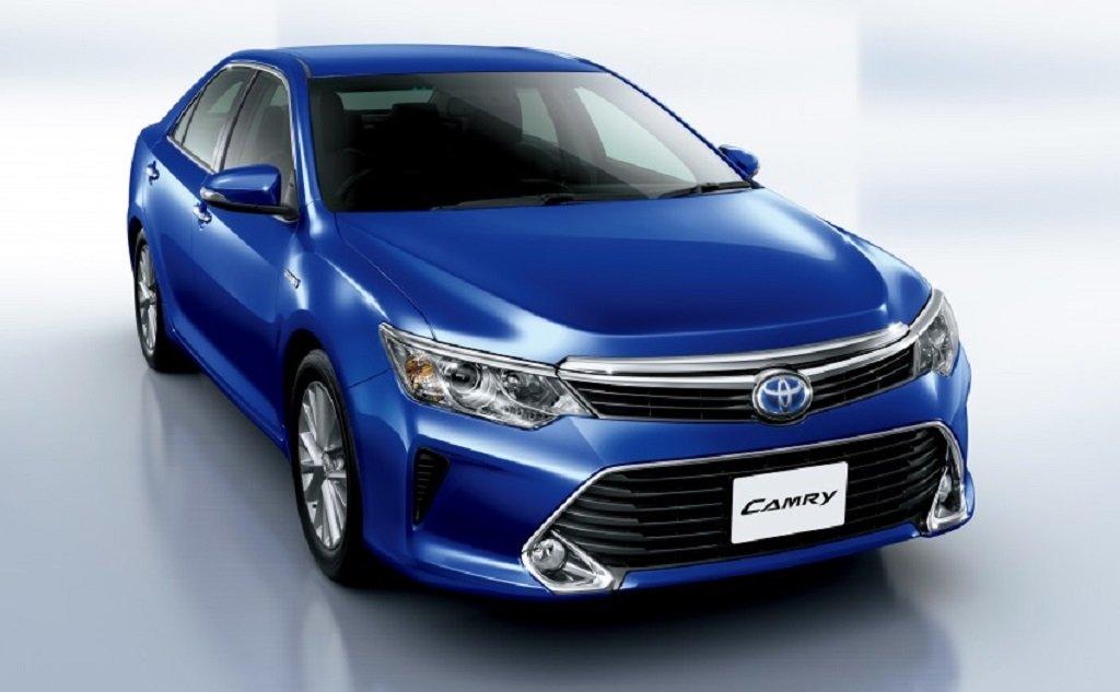Toyota Camry hybrid facelift revealed