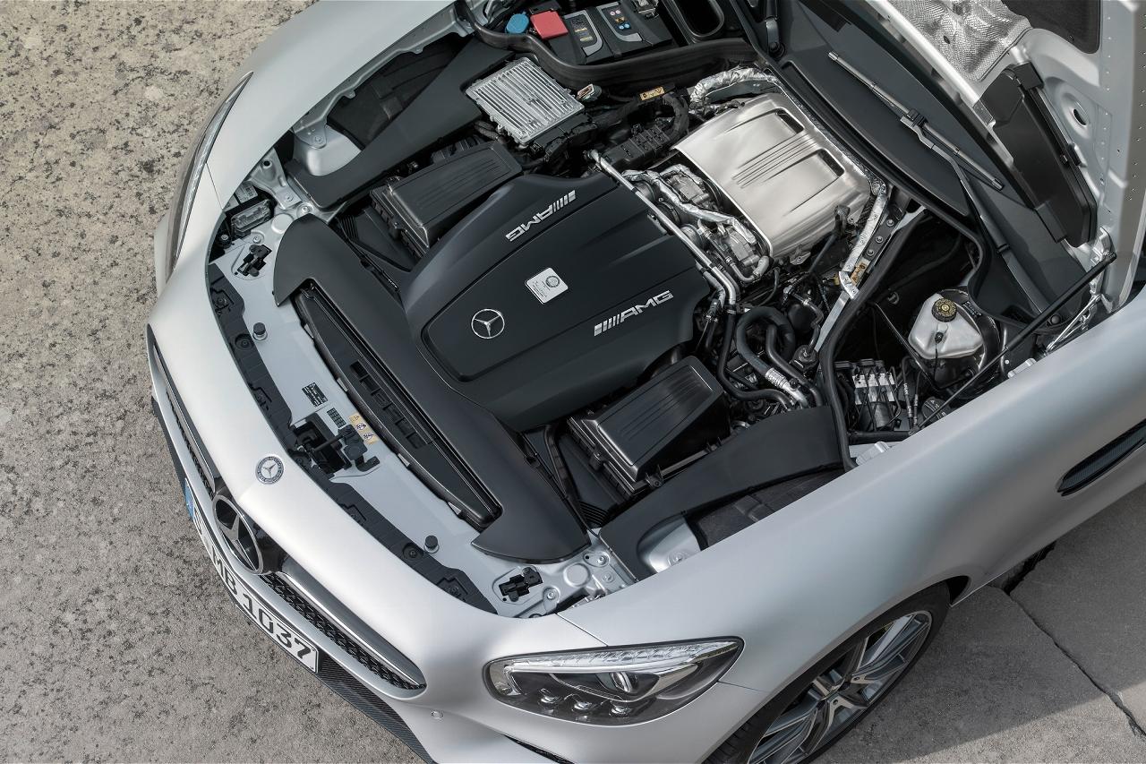 2016-mercedes-amg-gt-engine