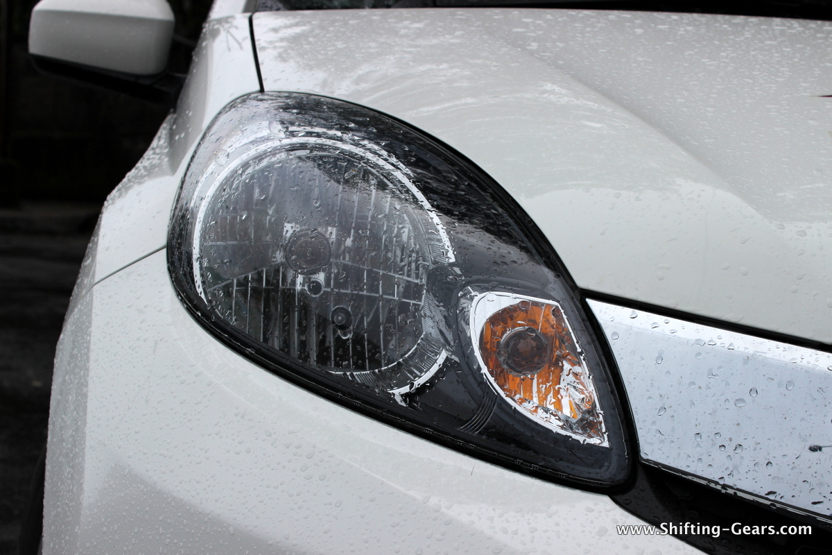 Smoked out headlamp is similar in design to the Amaze and Brio