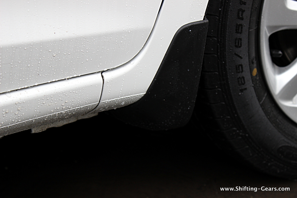 Small front mud-flaps