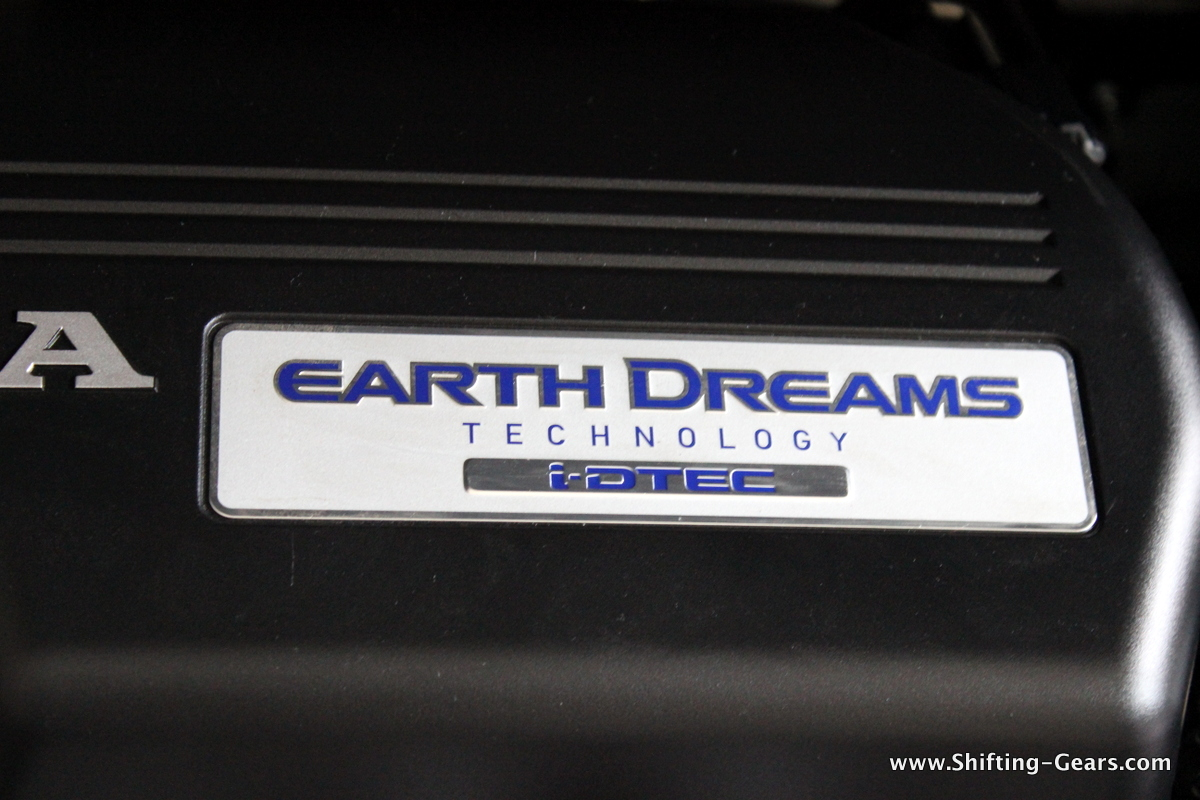 Earth Dreams badge under the hood