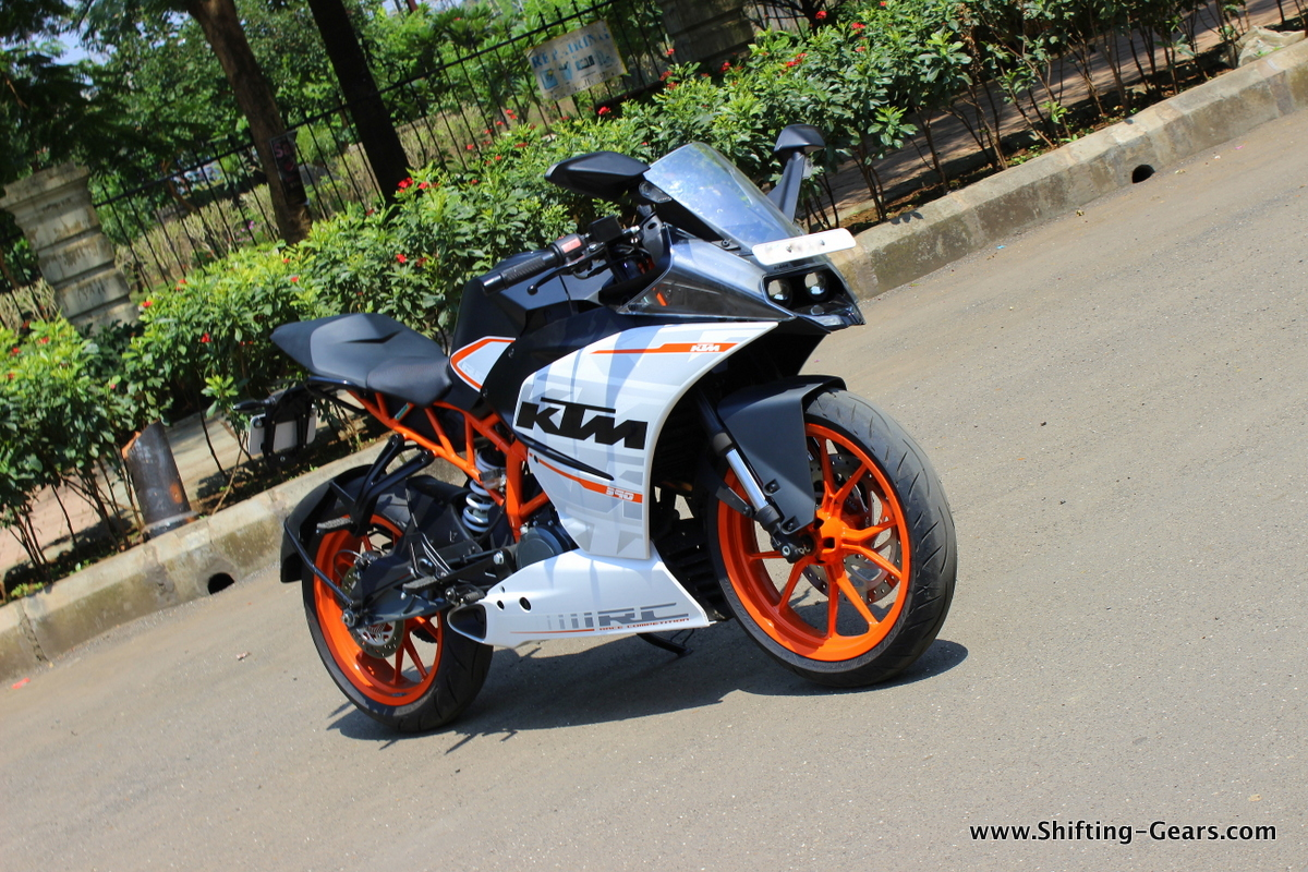 ktm rc390 photo gallery shifting gears. Black Bedroom Furniture Sets. Home Design Ideas
