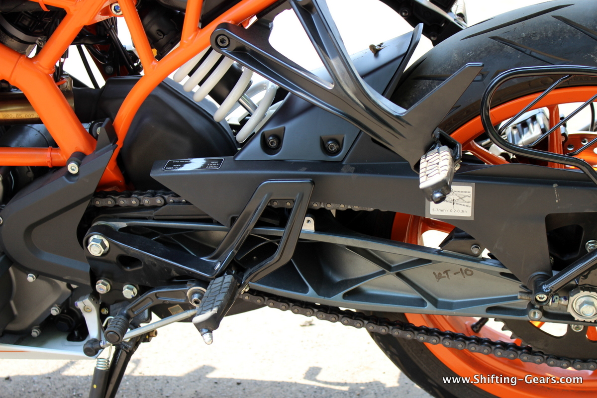 Power coated rear swingarm and half chain cover