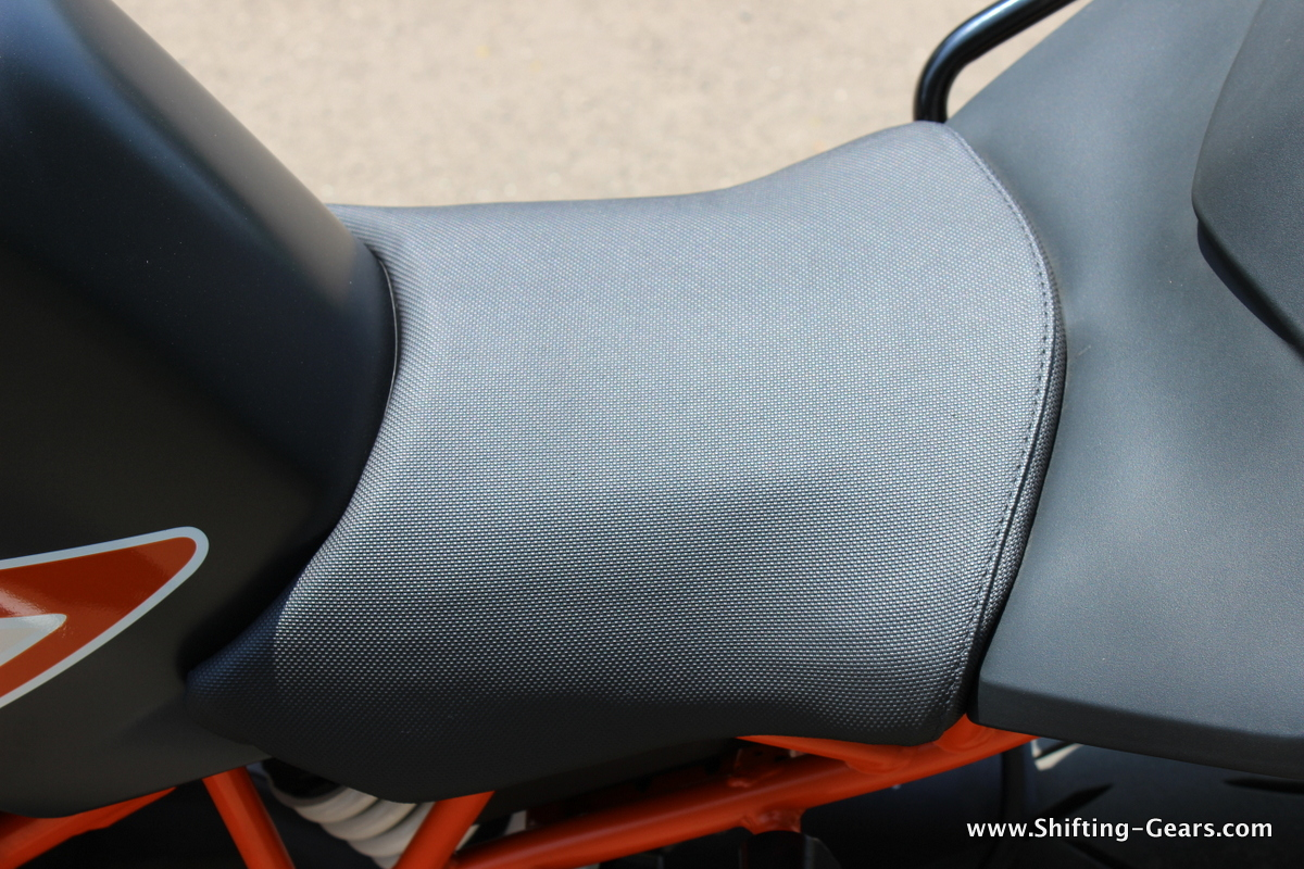 Rider seat is small, heavy riders will find it a little uncomfortable