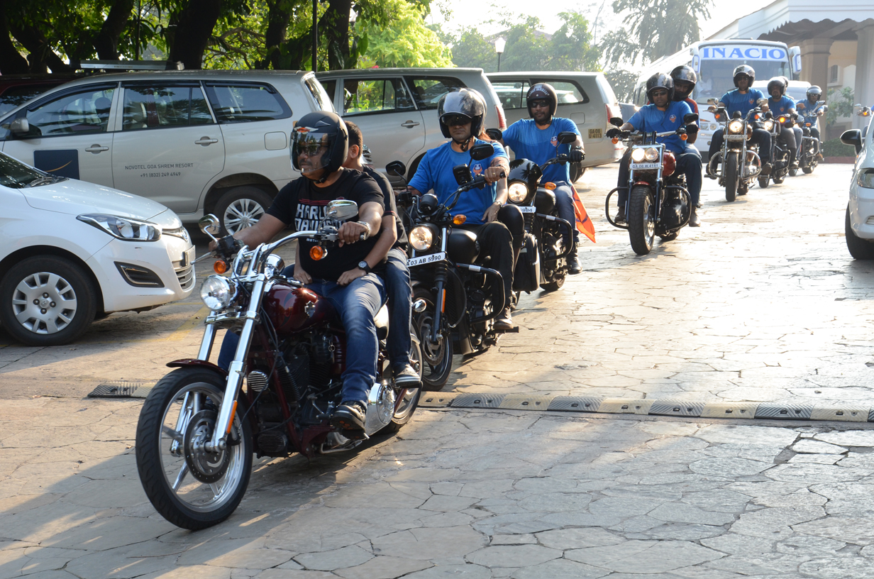 Harley Davidson rally escorted FC Goa team bus to its opening match