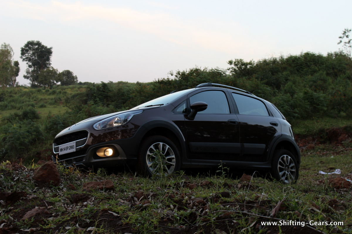Fiat Avventura launched at Rs. 5.99 lakh