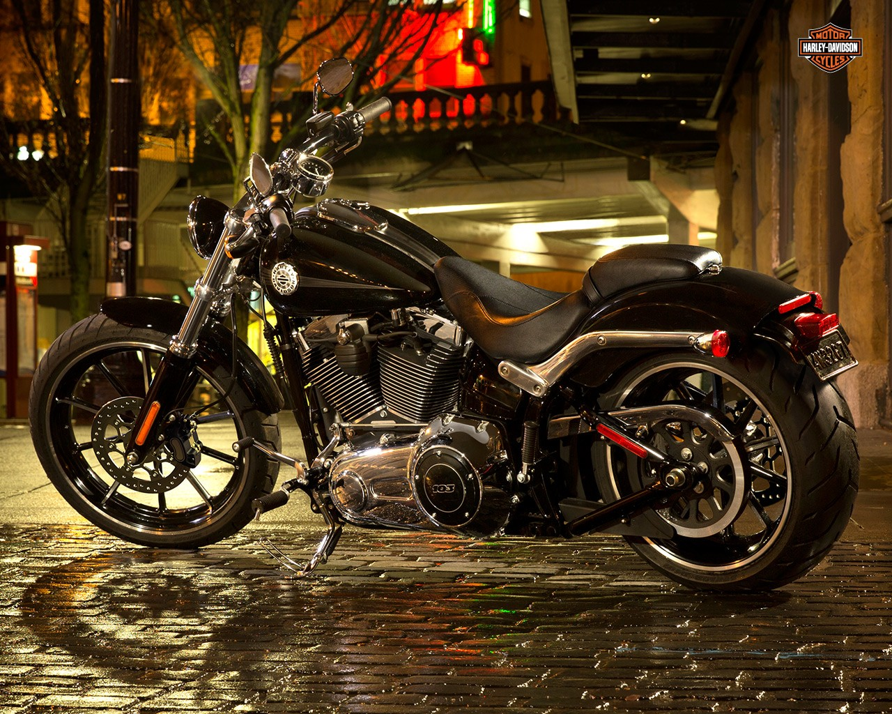 Harley-Davidson will launch Breakout and CVO Limited this month
