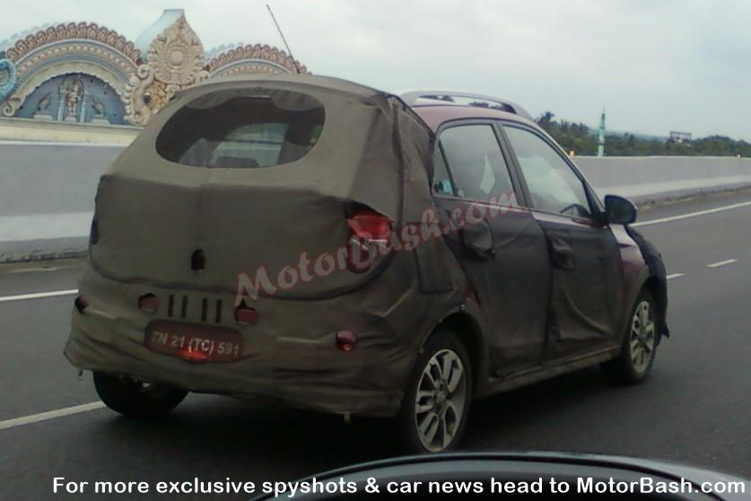 Hyundai Elite i20 based crossover spotted testing