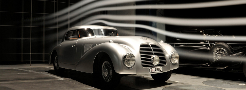 Mercedes-Benz Classic car rally on November 9