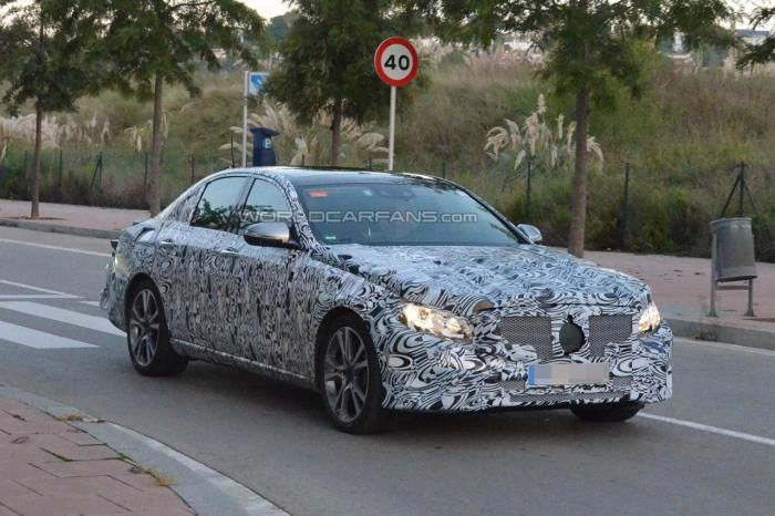 Next-generation Mercedes-Benz E-Class spotted testing
