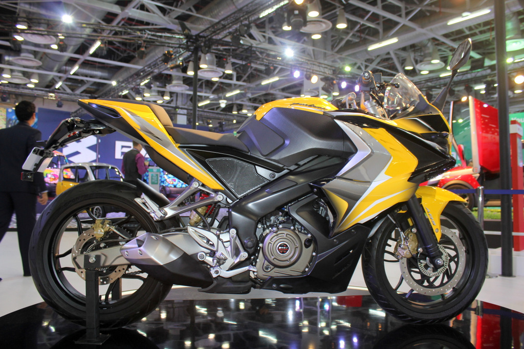 Bajaj Pulsar 200SS could get optional ABS