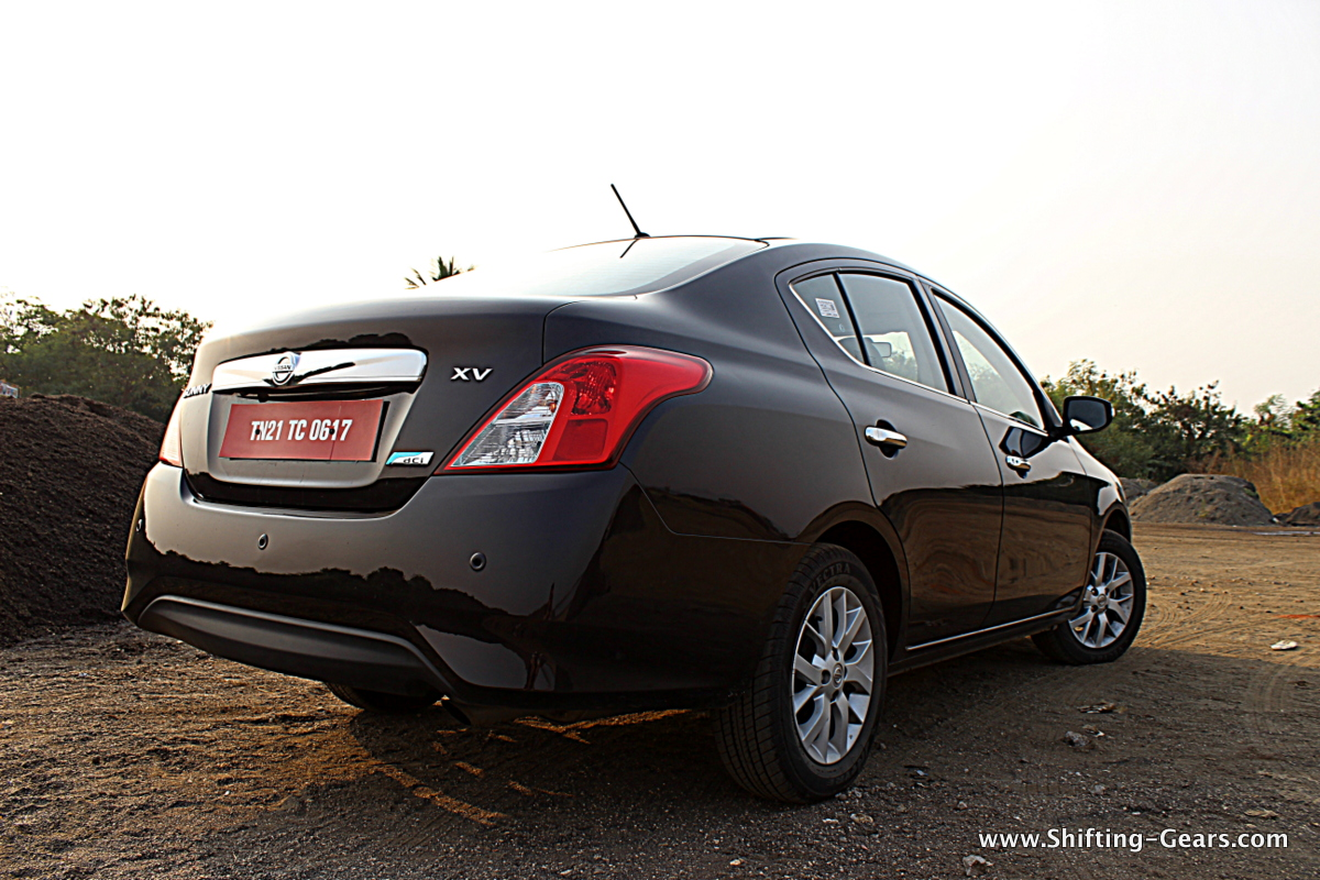 2014 Nissan Sunny Facelift photo gallery | Shifting-Gears