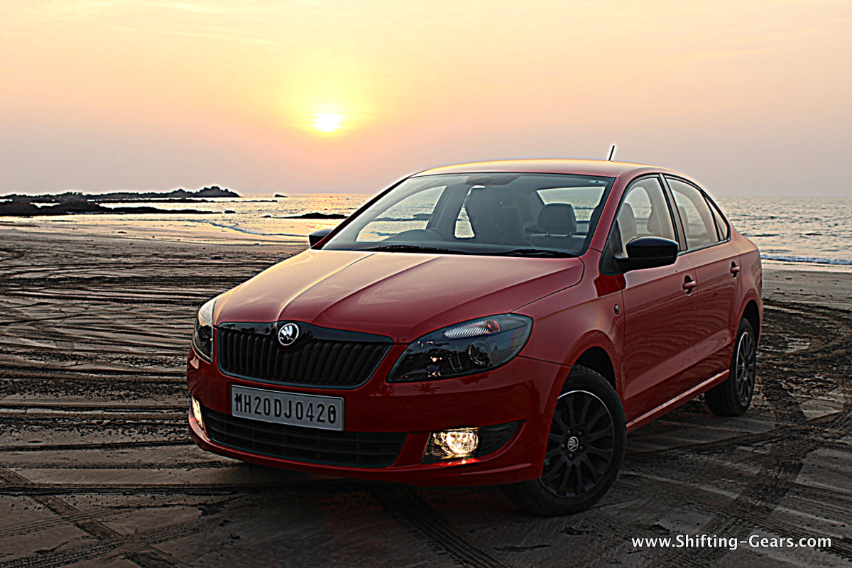Skoda Rapid DSG photo gallery