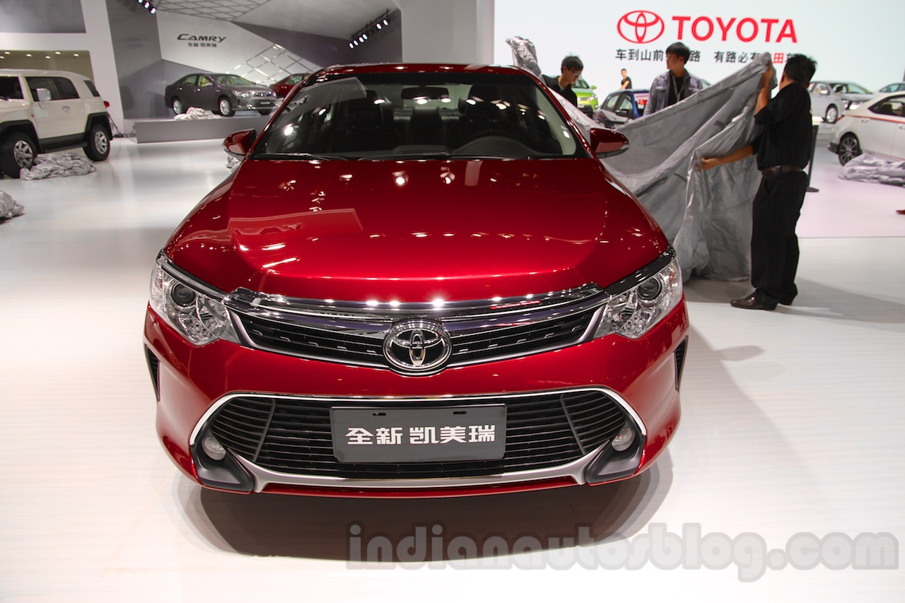 2015-Toyota-Camry-facelift-front-at-the-Guangzhou-Auto-Show-2014