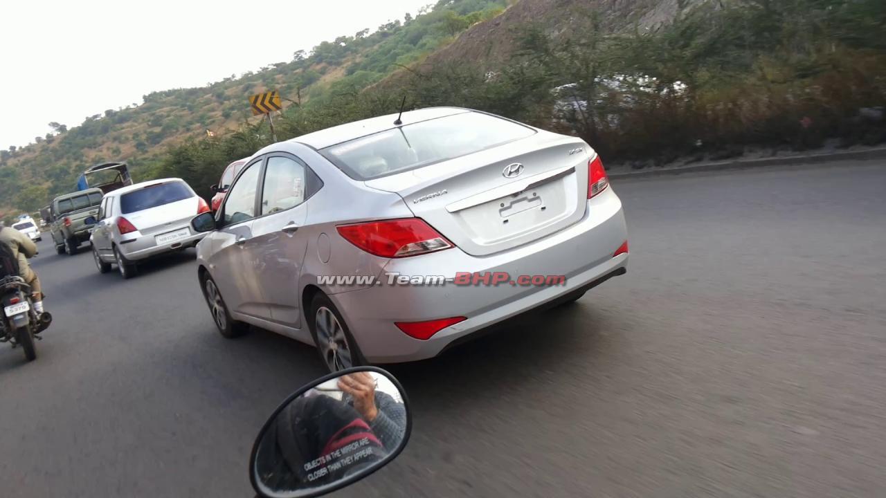 2015 Hyundai Verna reveals exterior profile
