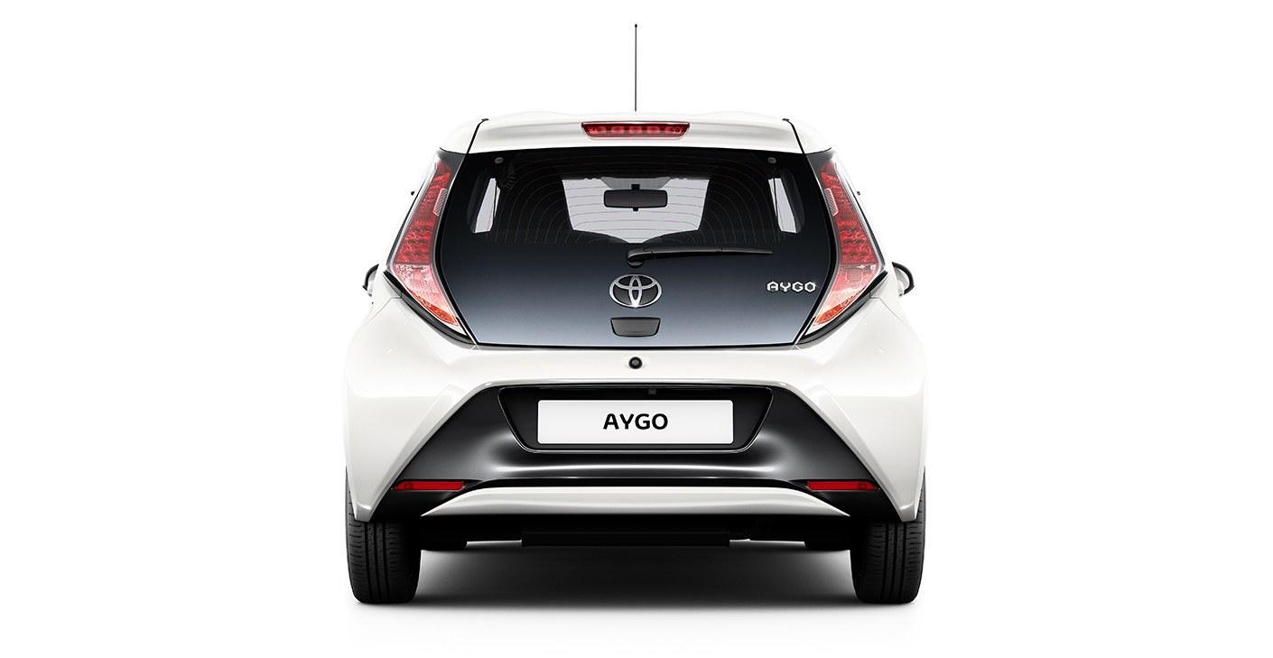 2015-toyota-aygo-2