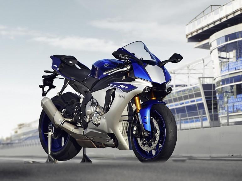 2015 Yamaha R1 revealed
