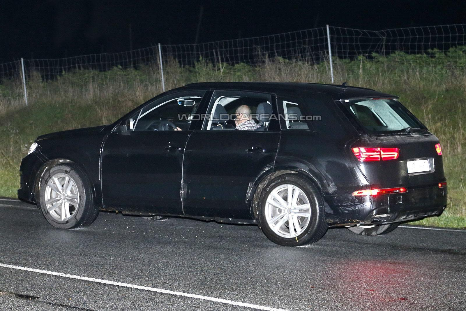 2016 Audi Q7 spotted with matrix LED