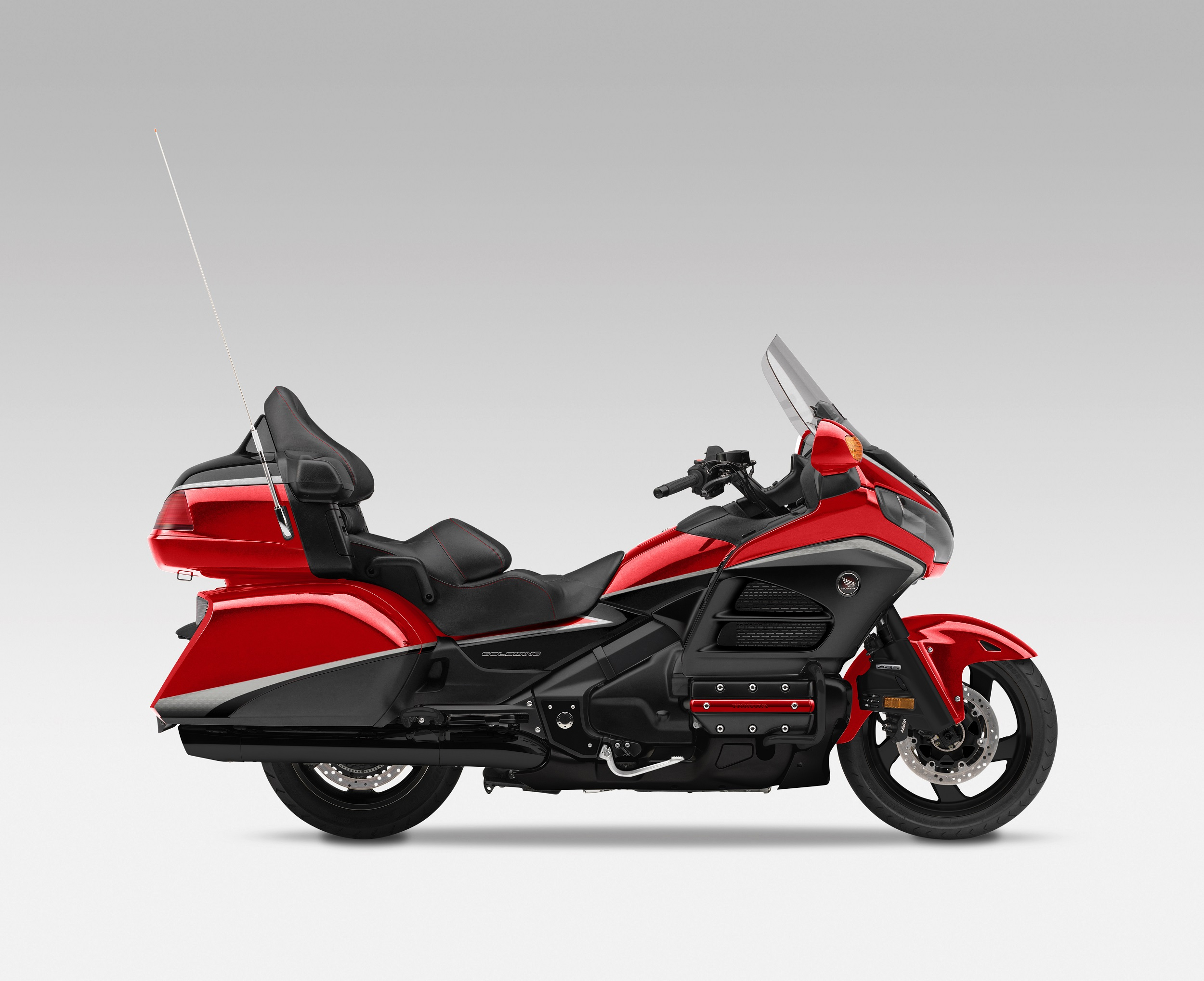 Honda Gold Wing GL1800 launched at Rs. 28.50 lakh