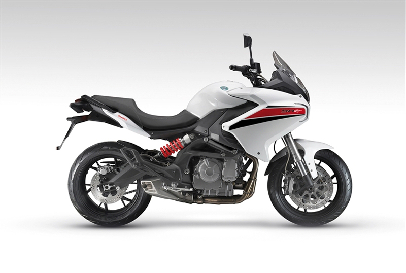 Benelli BN 600GT: Specs and details