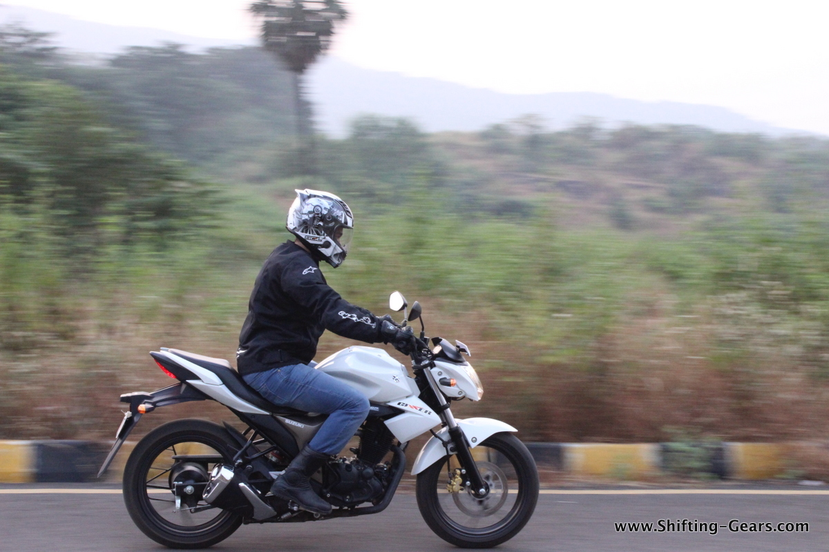A very potent product, the Suzuki Gixxer has all it takes to be termed as best-in-class
