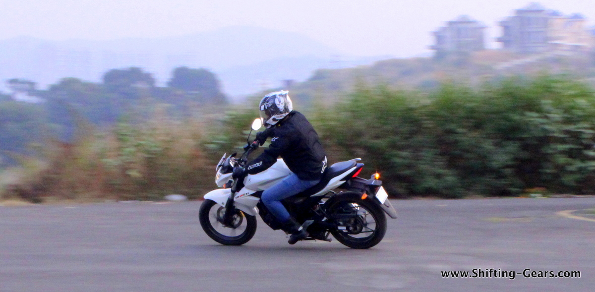 Primary competition for the Gixxer is the Yamaha FZ V2.0