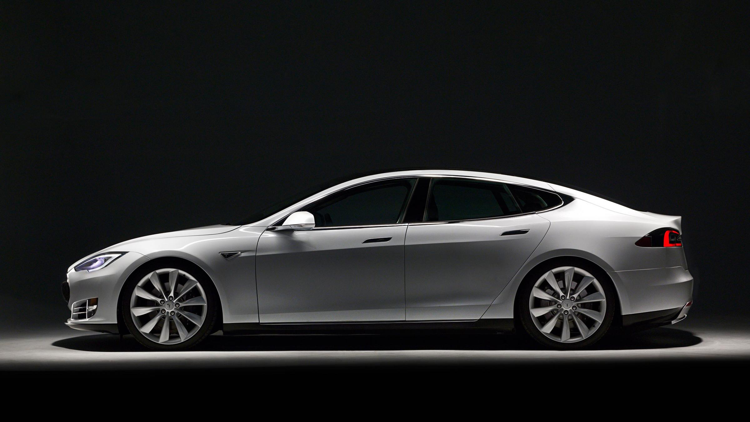 Tesla electric cars coming to India