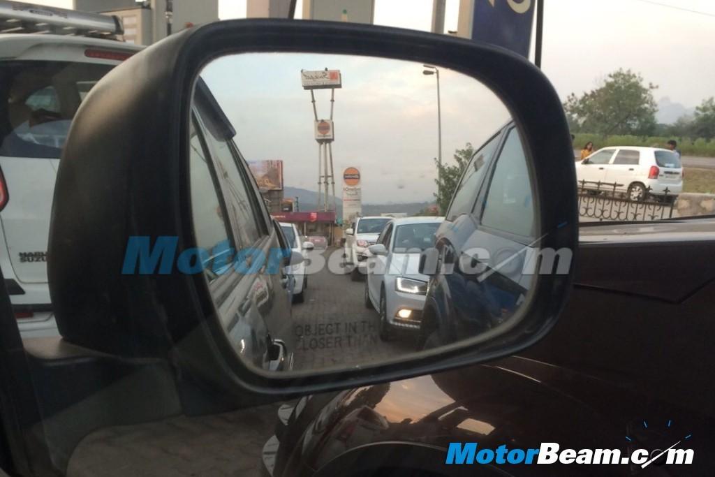 2015-Volkswagen-Jetta-Spyshot-3